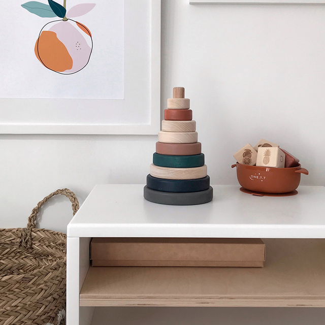 Wooden ring stacker toy / Terracotta